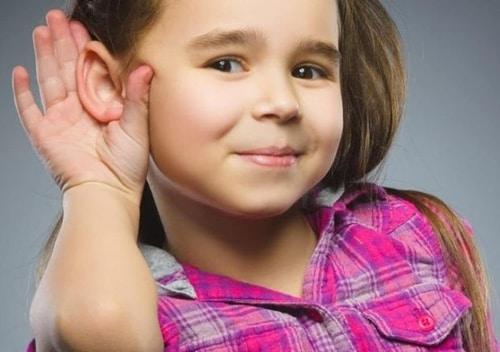 Παιδική Βαρηκοΐα και Λογοθεραπεία